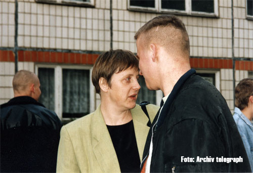 Merkel_Magdeburg_BAU_3_April_1993.jpg