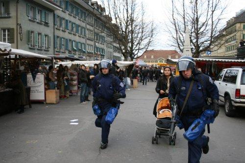 WEF_Bern_Flanieren_Kinderwagen.jpg