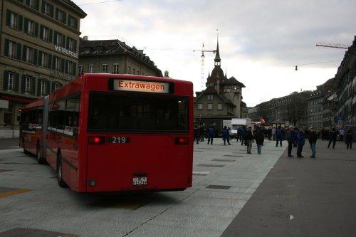 WEF_Bus_Polizei.jpg
